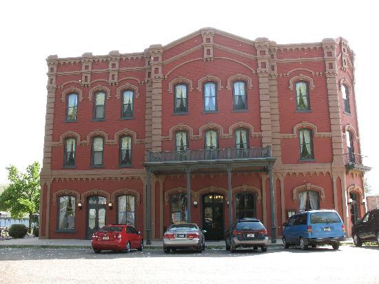 The Grand Union Hotel