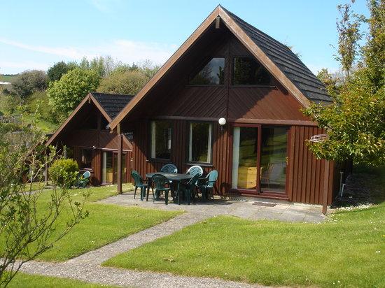 Lanteglos Lodges and Villas: Lodges on the hillside