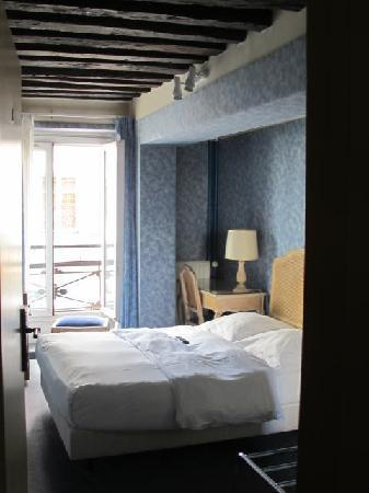 Hotel Baudelaire Opera: our room