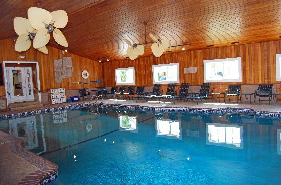 InnSeason Resort The Falls at Ogunquit: Pool area