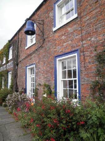 The Farmhouse Guest House: Lovely meal at the Blue Bell
