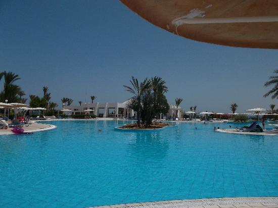 El Mouradi Djerba Menzel : la super piscine