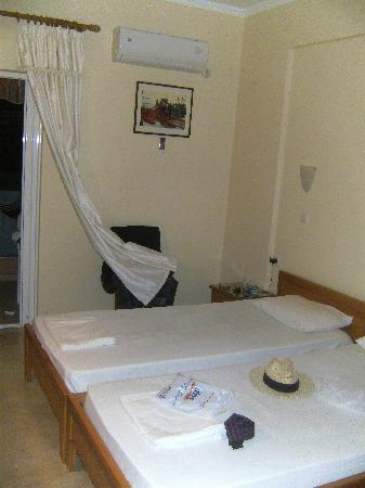Hotel Brati II Beach: Zimmr Hotel Brati II
