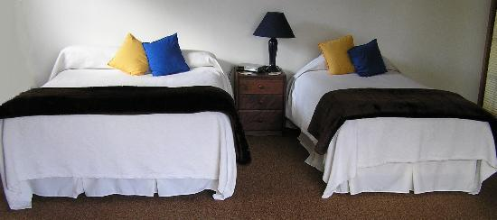 City Centre Hamilton Bed and Breakfast: Studio Cottage sleeping configurations
