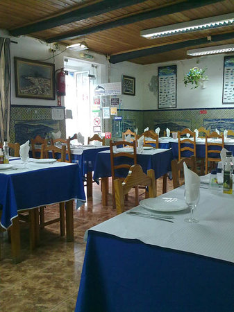 Borda d'Agua: Inside the restaurant