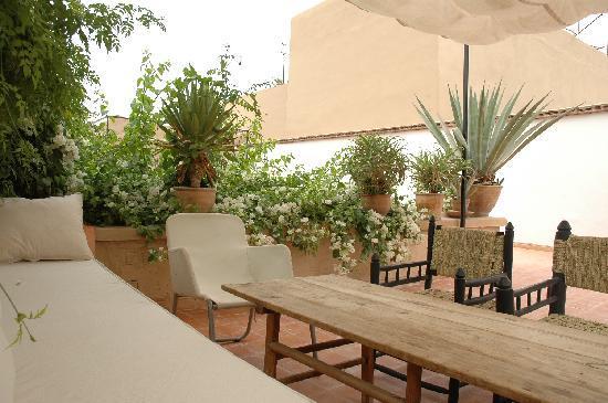 Banquette terrasse devant chambre sofa de nuit photo de for Sofa terrasse
