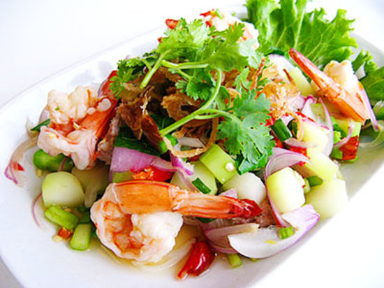 Mai Thai Restaurant & Take Away: Thai prawn Salad