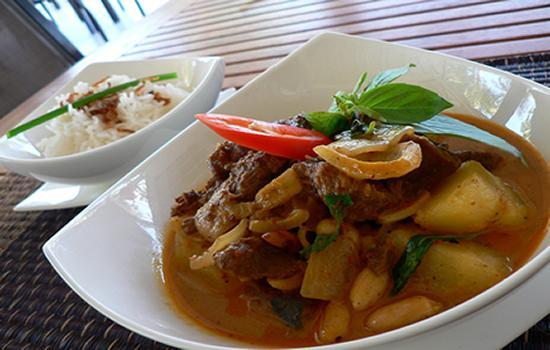 Mai Thai Restaurant & Take Away: Massaman No.1