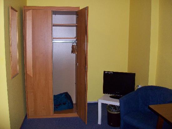 Hotel Siemensstadt: room