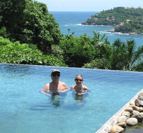 Casa Cuitlateca: in the infinity pool
