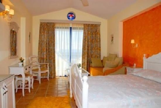 Photo of Agnadi Hotel Rovies