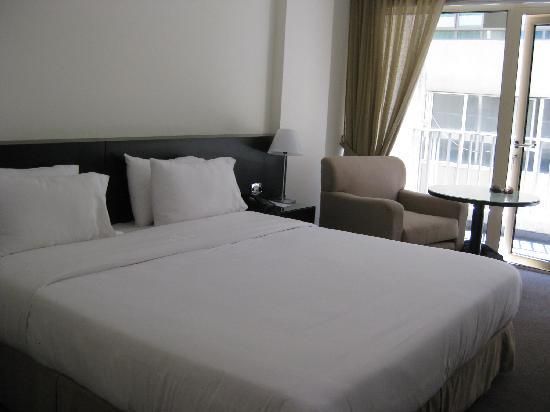 Cavalier Hotel: Bed