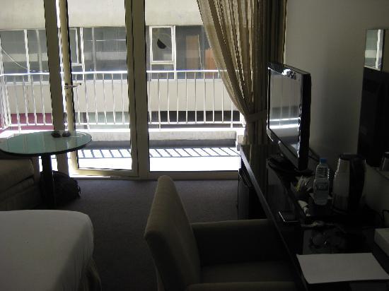 Cavalier Hotel: Window