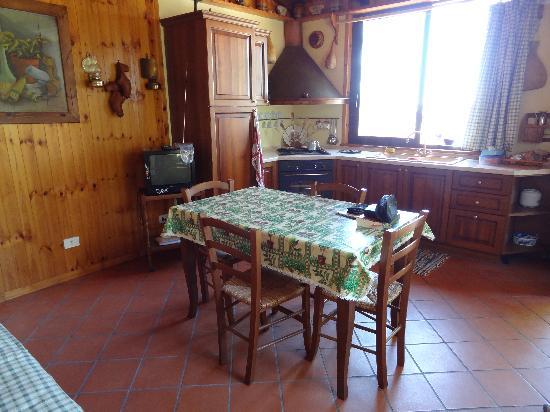 Villa Smeralda: Cuisine ArmandoUno