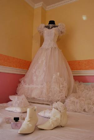 Golden Palace Hotel Wedding Gown Of Thier Boutique