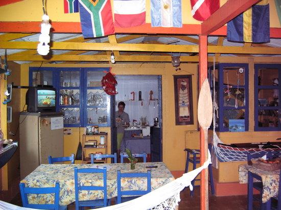 بوزادا لاجامار: Dining area