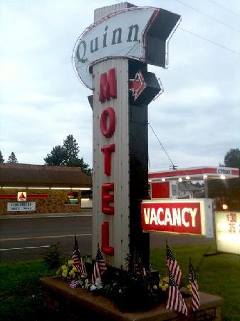 Quinn Motel Ironwood Mi