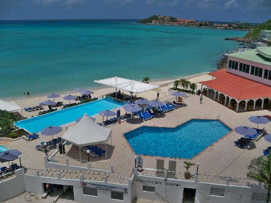 Great Bay Beach Resort, Casino & Spa: View from ocean view room 7th floor