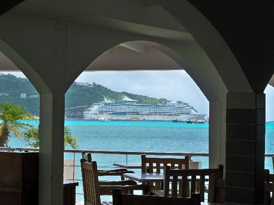 Great Bay Beach Resort, Casino & Spa: Breakfast at the Bayview Restaurant