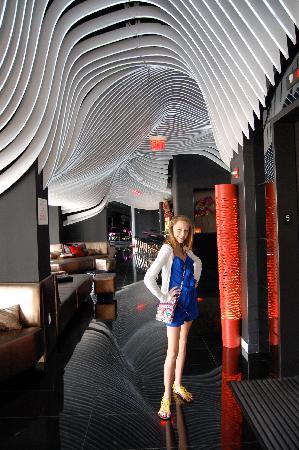 W New York - Downtown: Lobby