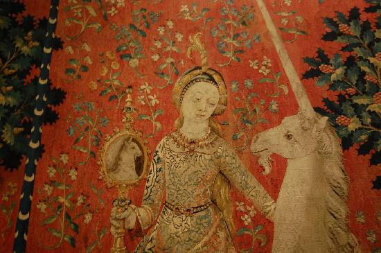 Musee de Cluny - Musee National du Moyen Age: Lady & the Unicorn