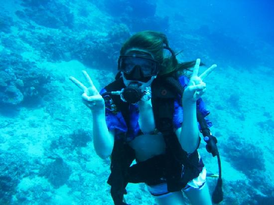 Rabaul Hotel: Rosie Scuba Diving at 60 feet