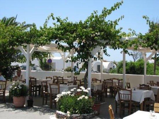 Anemomilos Restaurant, after breakfast