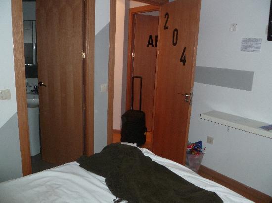 habitaci n picture of thc gran via hostel madrid tripadvisor rh tripadvisor com
