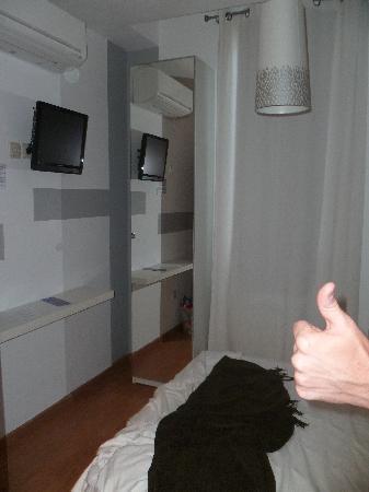 THC Gran Via Hostel: Habitación 2