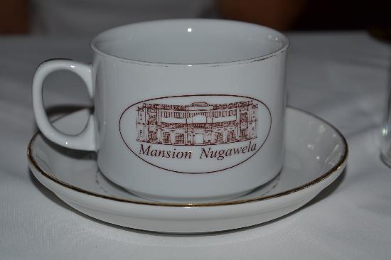 The Mansion: Hotel porcelain