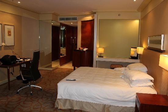 New World Manila Bay Hotel : 上階のmember room