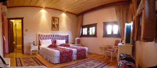 "Esans Hotel: ""Odour"" Room"