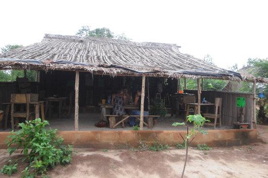 Zion O Lac : paillotte restaurant
