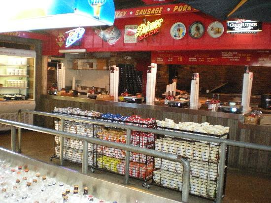 Rudy's: Ordering and Serving Area