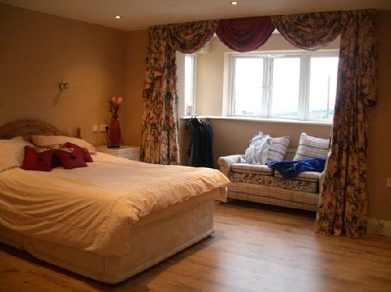 Old Cali B&B : Bedroom 1 with Ensuite