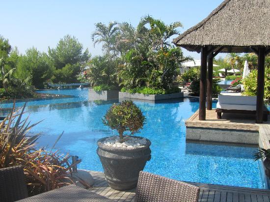 Barcelo Asia Gardens Hotel & Thai Spa: Piscina principal