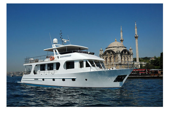 Private Tours in Istanbul: Private Luxury Boat on Bosphorus 19