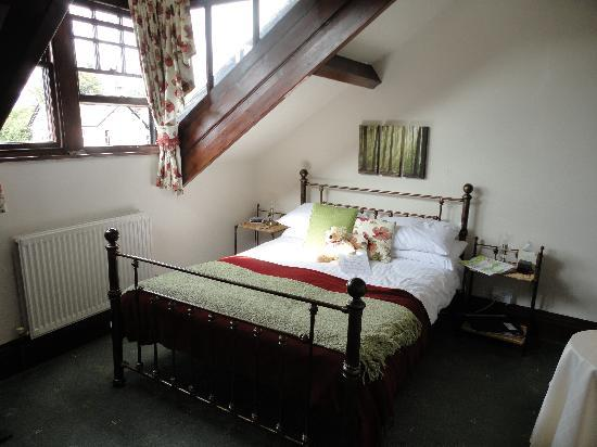 Denehurst Guest House: Room 6