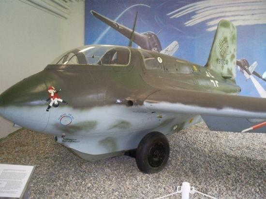 Military History Museum of Bundeswehr: rare wwII jet fighter