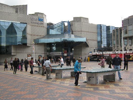 Centenary Square: Centenary  Platz. Blick auf International Convention Centre