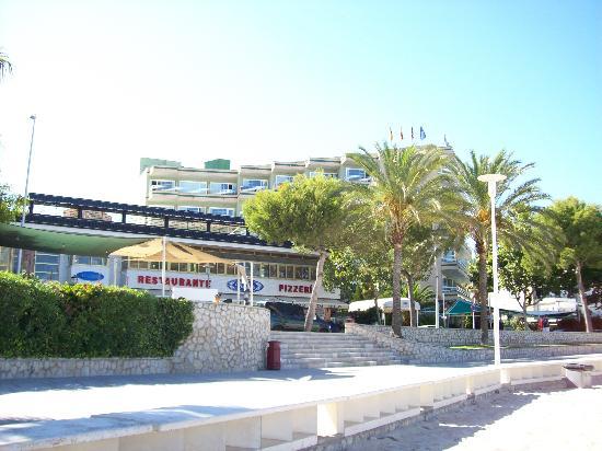 Hotel Agua Beach: l'Hotel visto dalla spiaggia