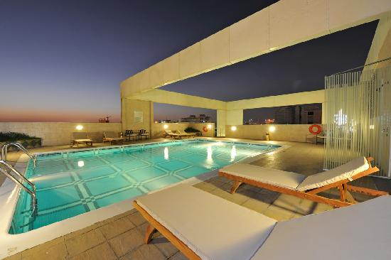 Swimming Pool Area Picture Of One Juffair Luxury Serviced Apartments Manama Tripadvisor