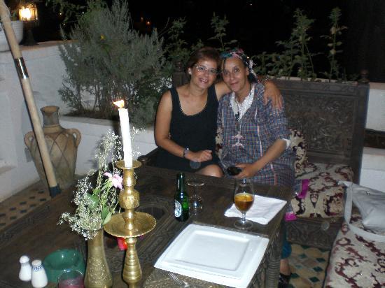 Riad Arabesque: ¡Qué mujer más amable! Creo que no entendía muy bien el español, pero lo disimulaba fenomenalmen