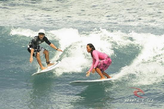 Legian Guest House: Surfing