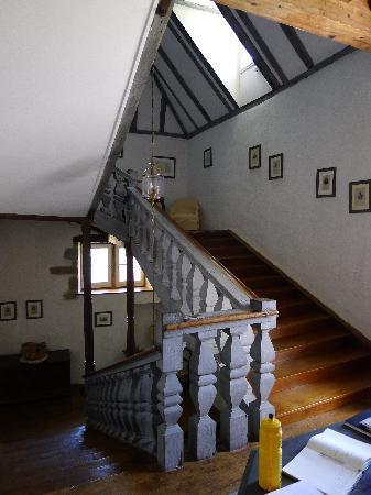 Chateau de Porthos : magnificent stair case