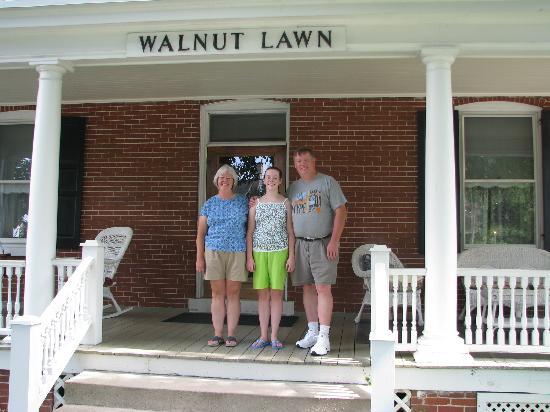 Walnut Lawn B&B: Us