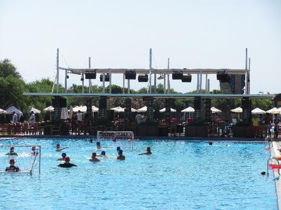 Rixos Premium Belek: main pool - Farshad