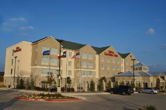 Hilton Garden Inn Denton Exterior