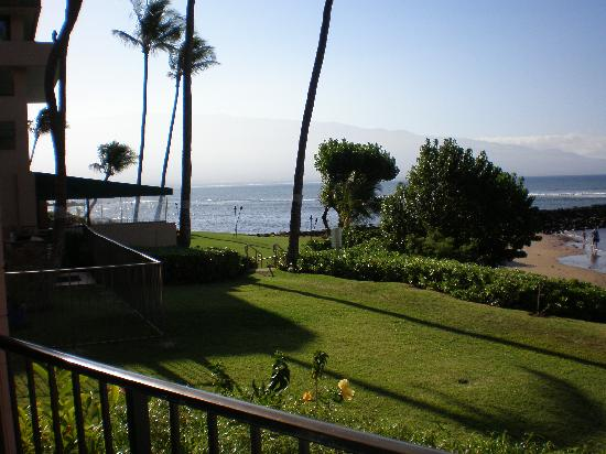 Maalaea Yacht Marina: view from the lanai