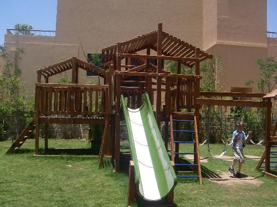 Coral Sea Aqua Club Resort: Kids Play Area